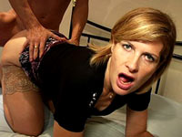 Video porno amateur voisine en bas nylon se fait baiser